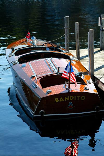 lake_wini_boat1_400